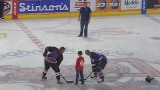 Police, firefighters clash on the ice for charity